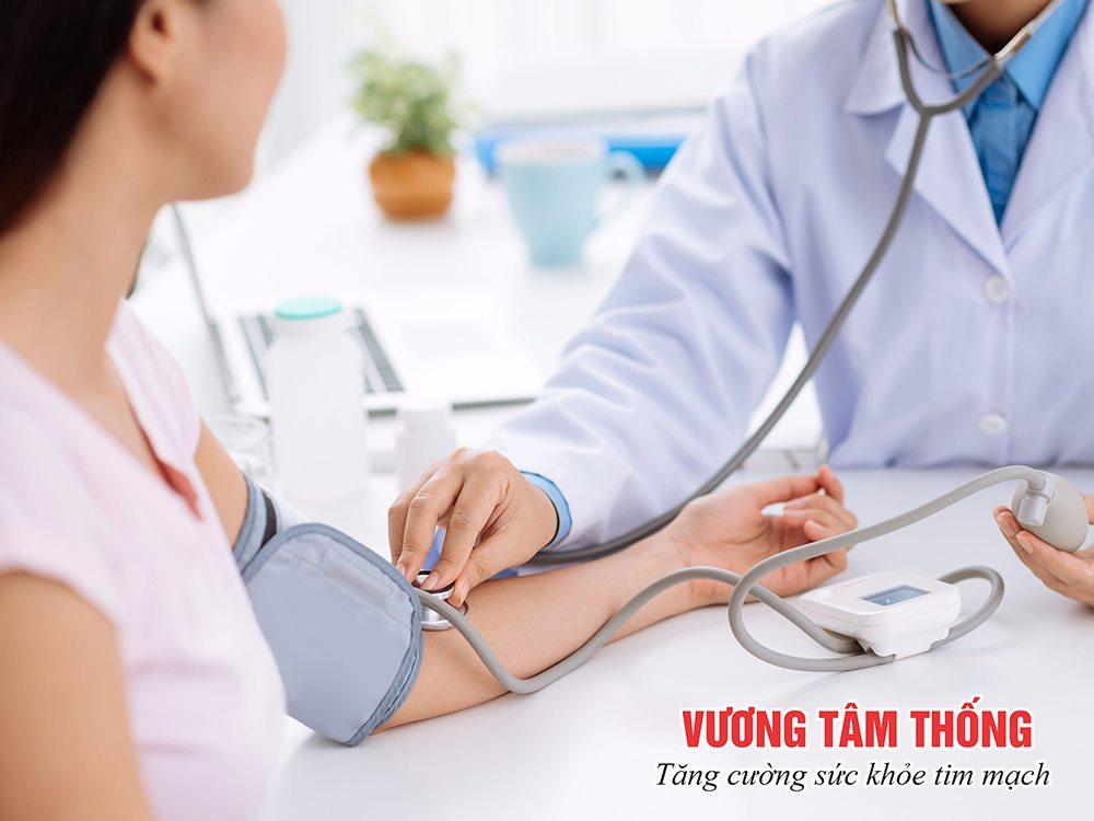 Chẩn đoán tăng huyết áp bằng cách đo huyết áp